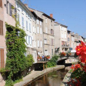 Guide Touristique Montbrison,Guide Montbrison