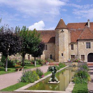 Guide Touristique Saint Amand Montrond,Guide Saint Amand Montrond