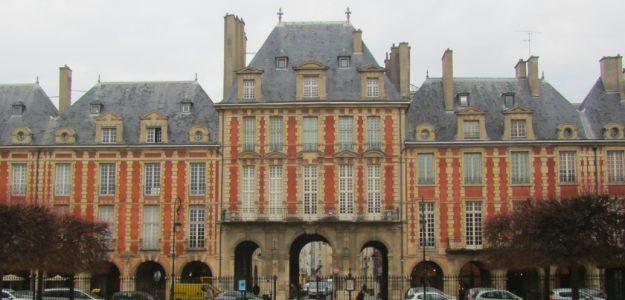 Guides touristiques France 72