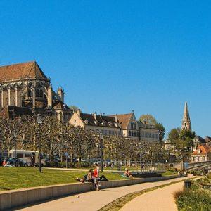 Guide Touristique Auxerre,Visite Guidée Auxerre