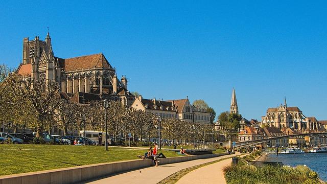 Guides touristiques France 19