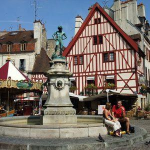 Guide Touristique Dijon,Visite Guidée Dijon