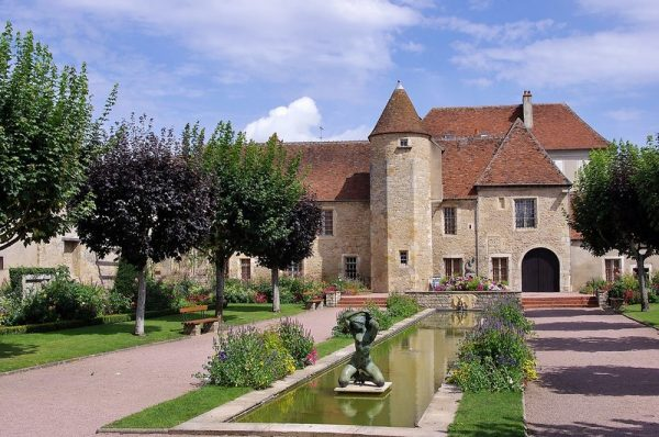 Guide Saint Amand Montrond